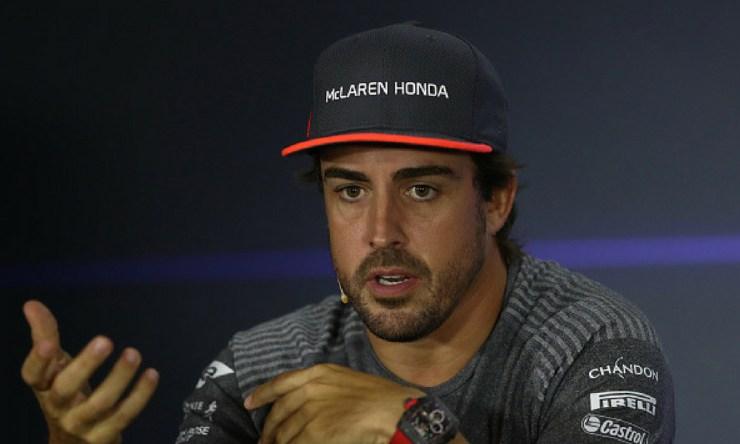 Red Bull desmintió el interés por Alonso