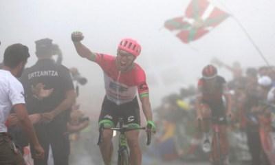 Michael Woods ganó la etapa 17