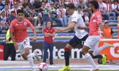 Chivas se alejó de Liguilla