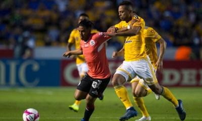 Lobos no se dejó y le sacó el empate a Tigres