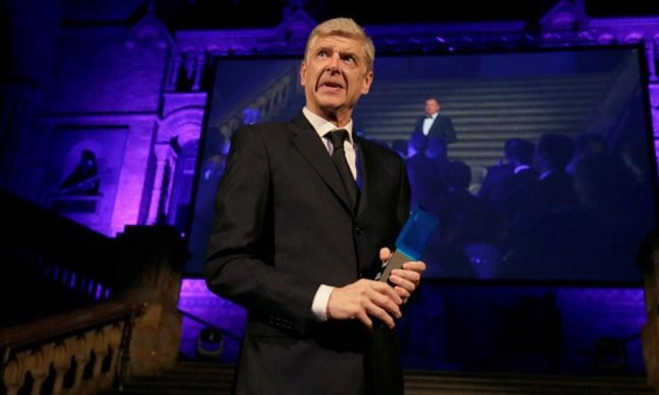 Arsene Wenger extraña las canchas