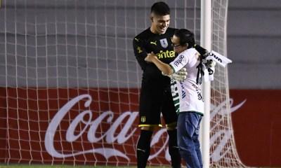 portero de Peñarol tuvo un gran detalle