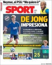 Frenkie de Jong impresionó en sus primeros entrenamientos con el Barcelona. (Sport)