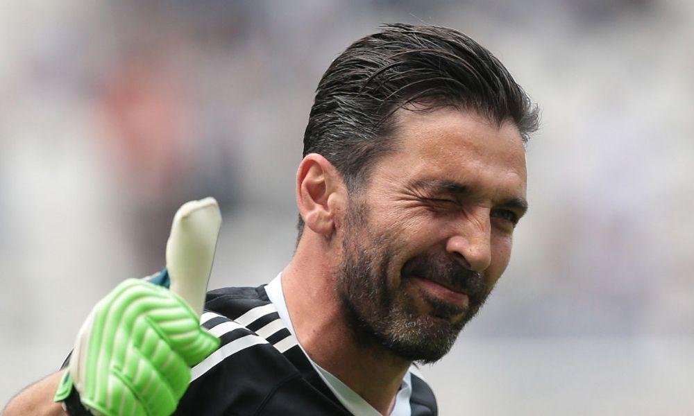 Gianluigi Buffon fichó por el Parma