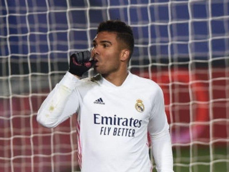 Casemiro renovó con Real Madrid