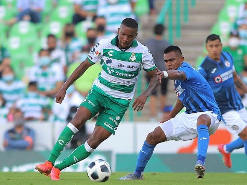 Santos Laguna y Cruz Azul empataron