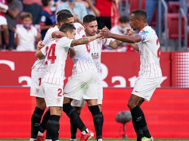 Sevilla derrotó a Valencia