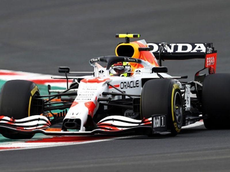 Checo Pérez largará sexto en GP de Turquía