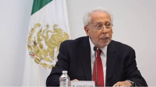 El hombre que impone el salario mínimo en México gana 173 mil pesos mensuales…Un obrero gana 88.36 pesos gracias a él.