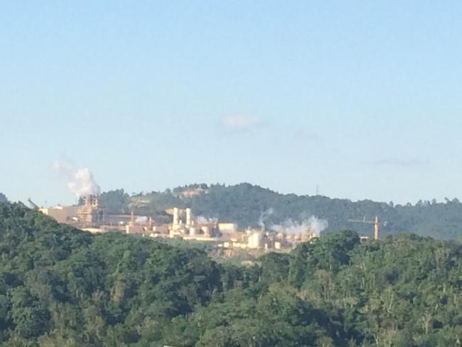 Refinery in Pueblo Viejo, Cotuí, Dominican Republic (Photo by Ellie Happel)