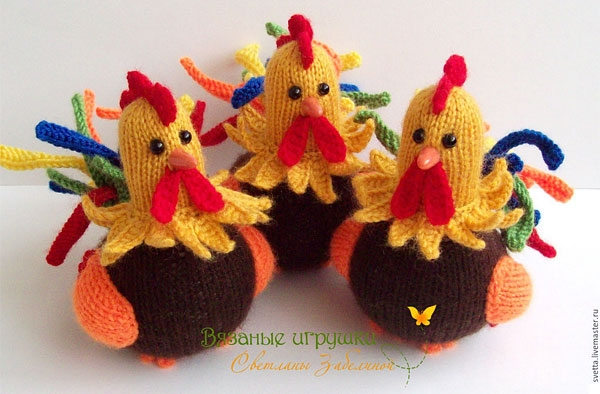 Knitting Roosters.