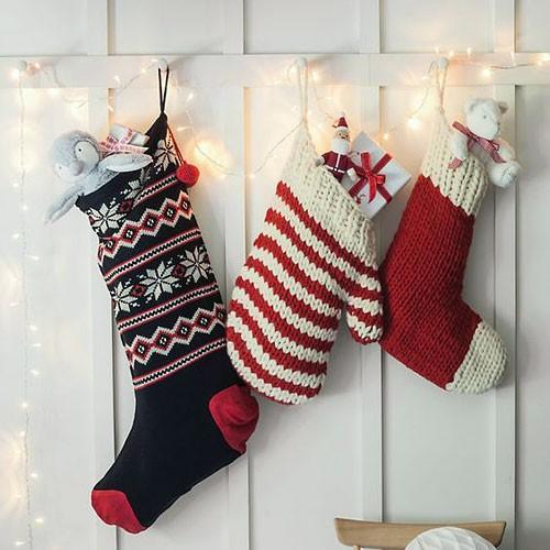 Новогодние носки и варежки