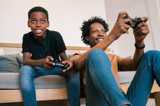pai e filho no videogame