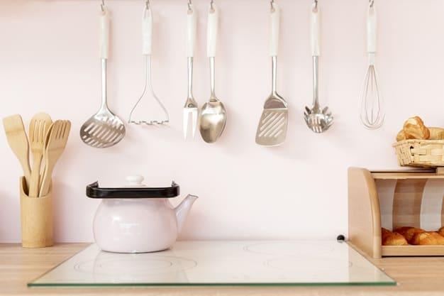 Como limpar utensílios de madeira da forma correta