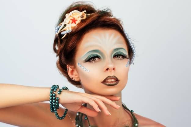 Maquiagem de Sereia Detalhada