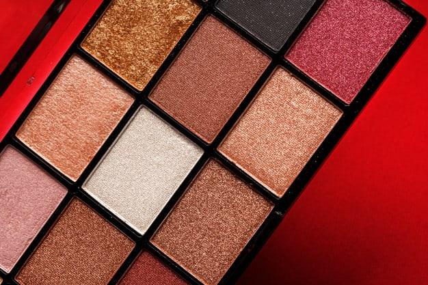 Paleta de cores para maquiagem de sereia