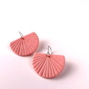 Scallop earrings by Nadege Honey