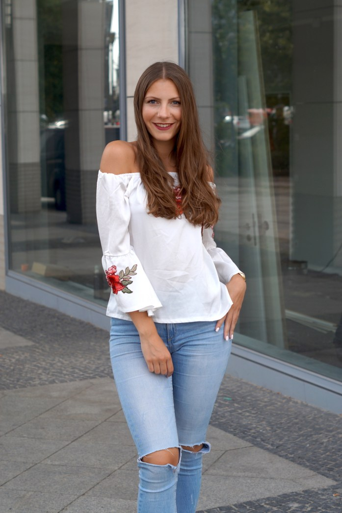 bestickte blumen off shoulder bluse
