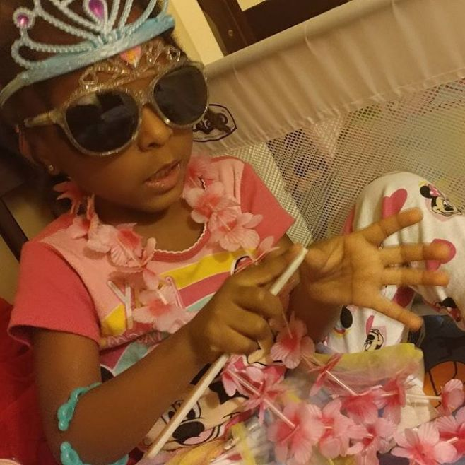 We've started winding down earlier in preparation for bed, but somehow as we get older the bedtime rituals have become more extensive...#PrincessDiva #MayaOmowale #theomowondertwins