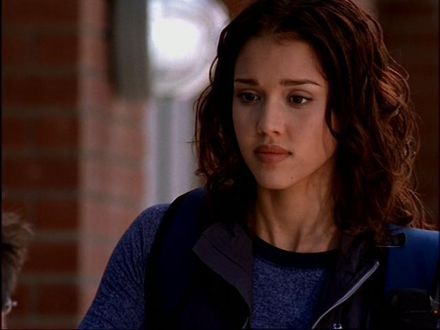 aa750-dark-angel-1x05-411-on-the-dl-jessica-alba-14715535-640-480