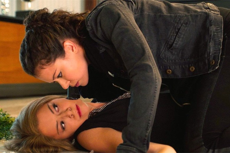 724c0-orphan_black_season_2_first_look_final_article_story_large