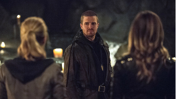 95908-arrow-322-this-is-your-sword-preview