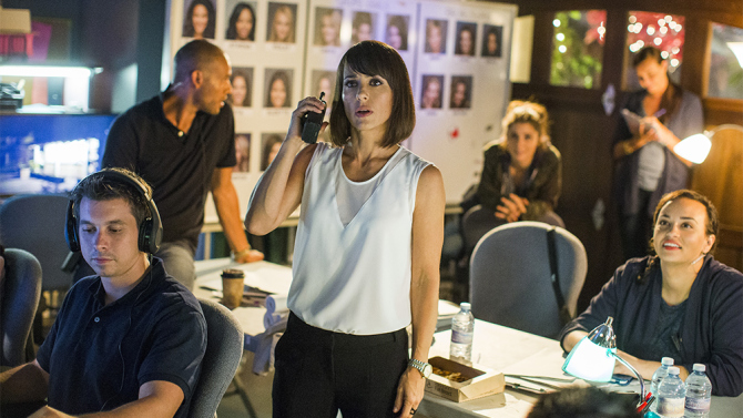 a3138-unreal-tv-review-lifetime