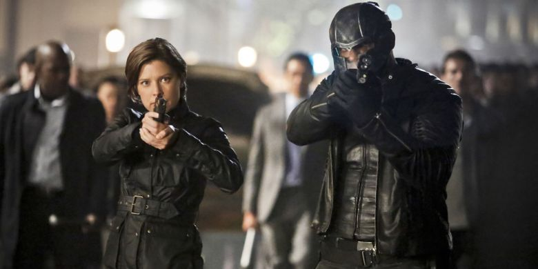 73ff0-audrey-marie-anderson-and-david-ramsey-in-arrow-season-4-episode-23