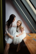Mther and daughter on maternity indoor shoot