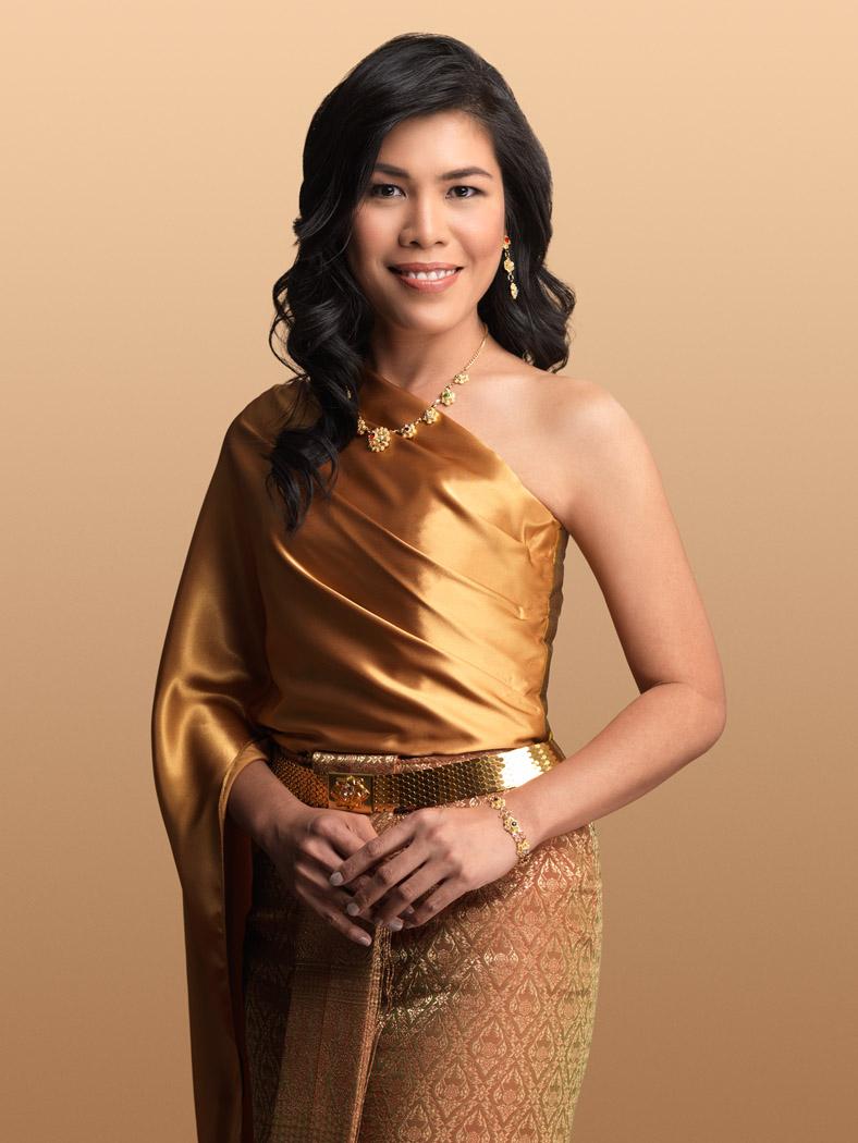 Thai traditional makeup artist Montreal
