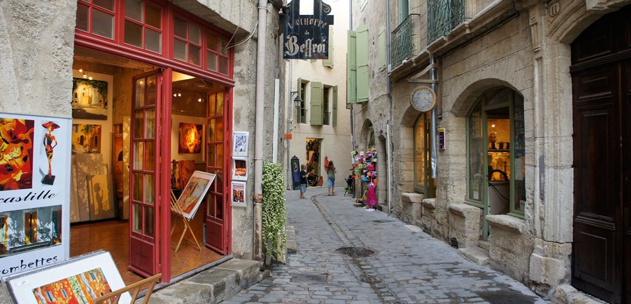 Prächtige Patrizierhäuser treffen hier auf Kunsthandwerk