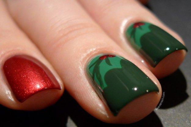 Holly-Nails-Christmas-Nail-Art-1-640x426
