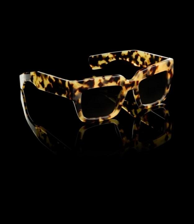 Женские-очки-прада