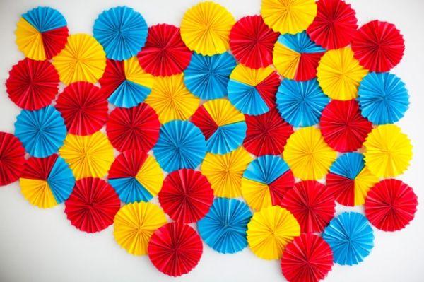 Bright-DIY-Paper-Rosette