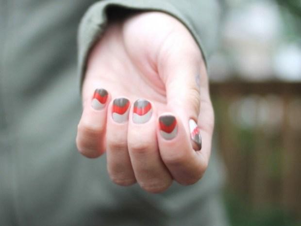 nails-swirls