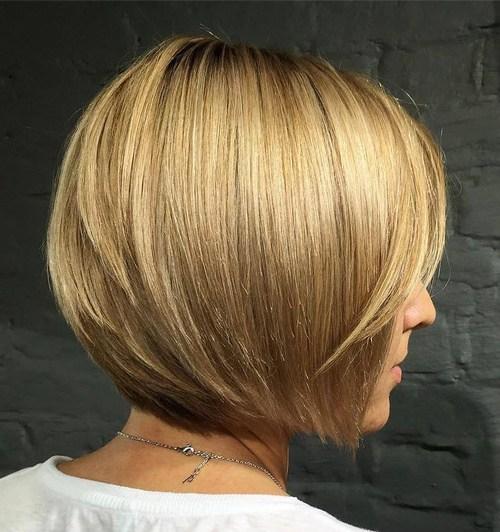 2-short-straight-bob-hairstyle
