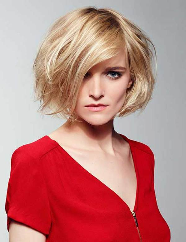 Blondie-Asymmetrical-Bob-Hair-with-Bangs