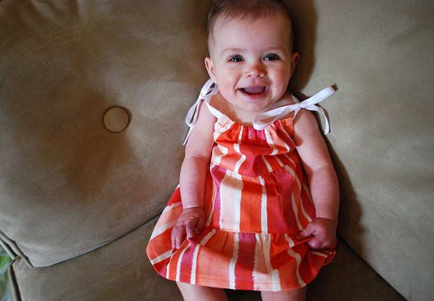 tiered-ruffle-baby-dress-free-sewing-pattern_1c