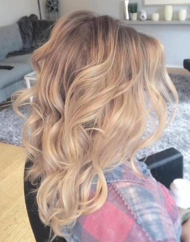 blonde-balayage-for-medium-blonde-hair