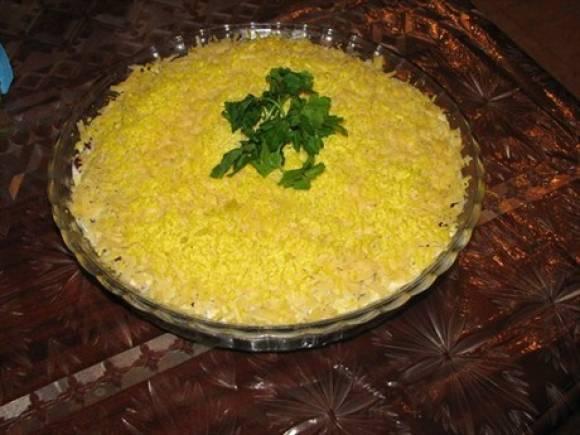 Постный салат «Сытный» с консервированной фасолью ...