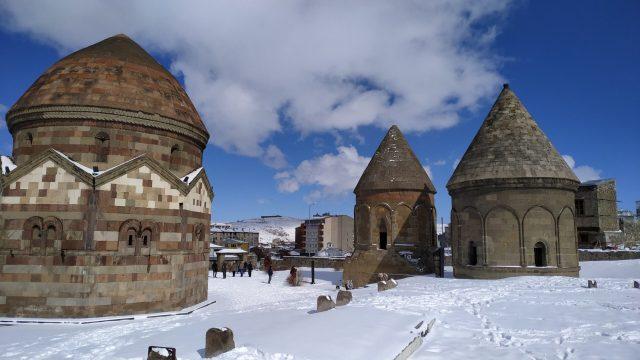 Erzurum Gezilecek Yerler üç kümbetler
