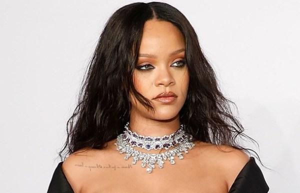 Snapchat stocks drop after Rihanna slamming it for ad
