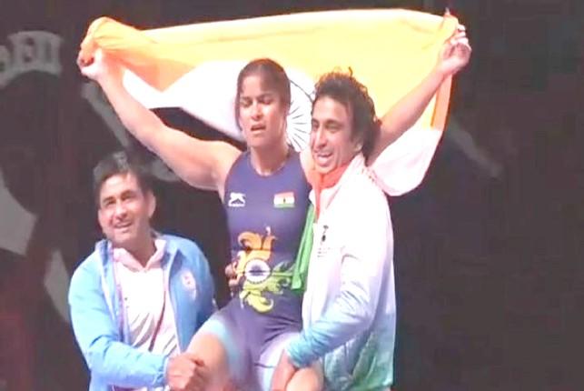 Navjot Kaur clinches gold, Sakshi Malik wins bronze