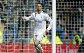 Ronaldo passes 300 La Liga goals in Real win over Getafe