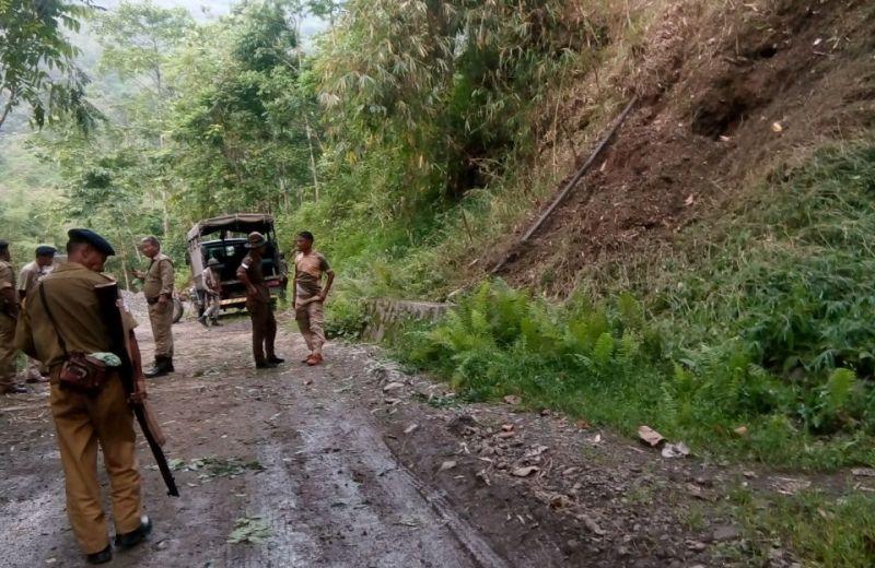 2 AR jawans killed, 6 others injured  in NSCN (K) ambush near Aboi town