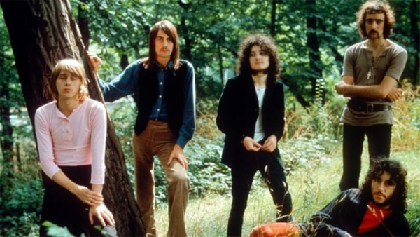 Fleetwood Mac Guitarist Danny Kirwan Dead at 68