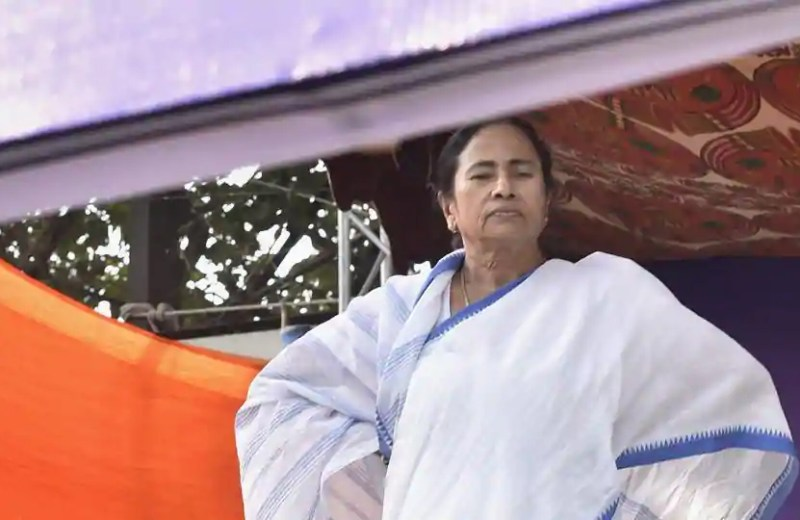 Mamata vows to 'save' Constitution, Rajnath cautions against 'breakdown'