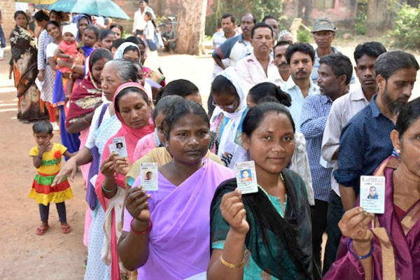 64% turnout in 4th phase, violence in West Bengal