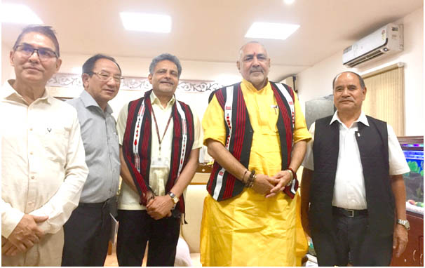 R Khing calls on Giriraj Singh; seeks GoI help to promote piggery, dairy & Mithun conservation