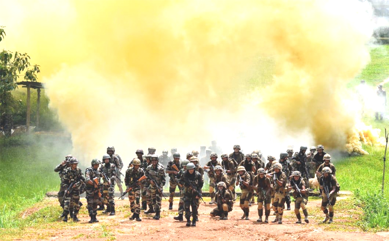 State police, Assam Rifles  conducts security drill in Dimapur